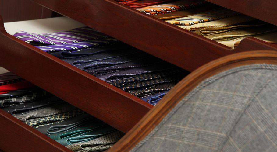 Drawers with Ties